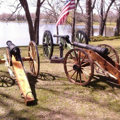 Civil and Revolutionary War Field Guns on Display. Cannons Direct